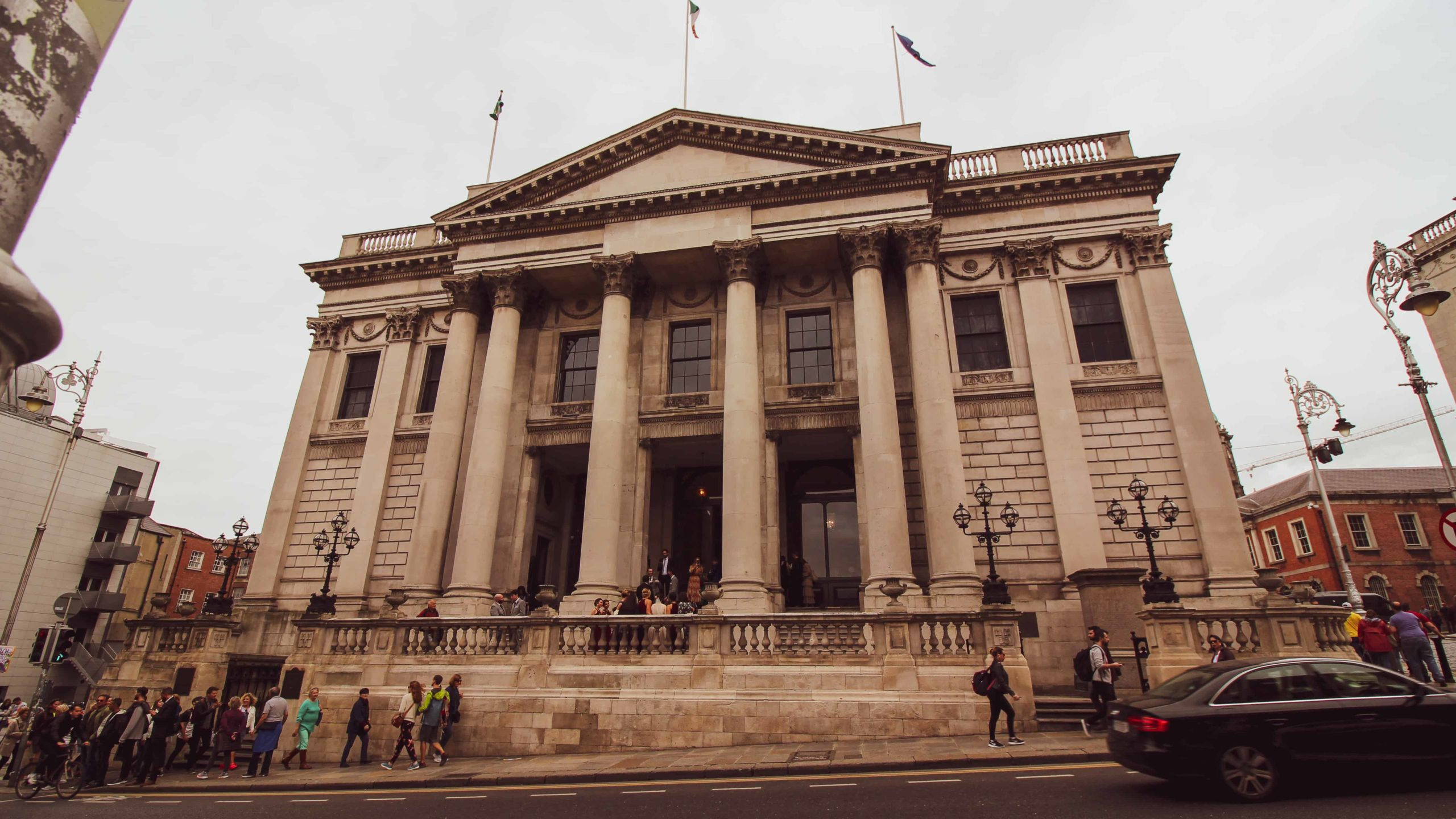 dublin 2 day itinerary - dublin city hall