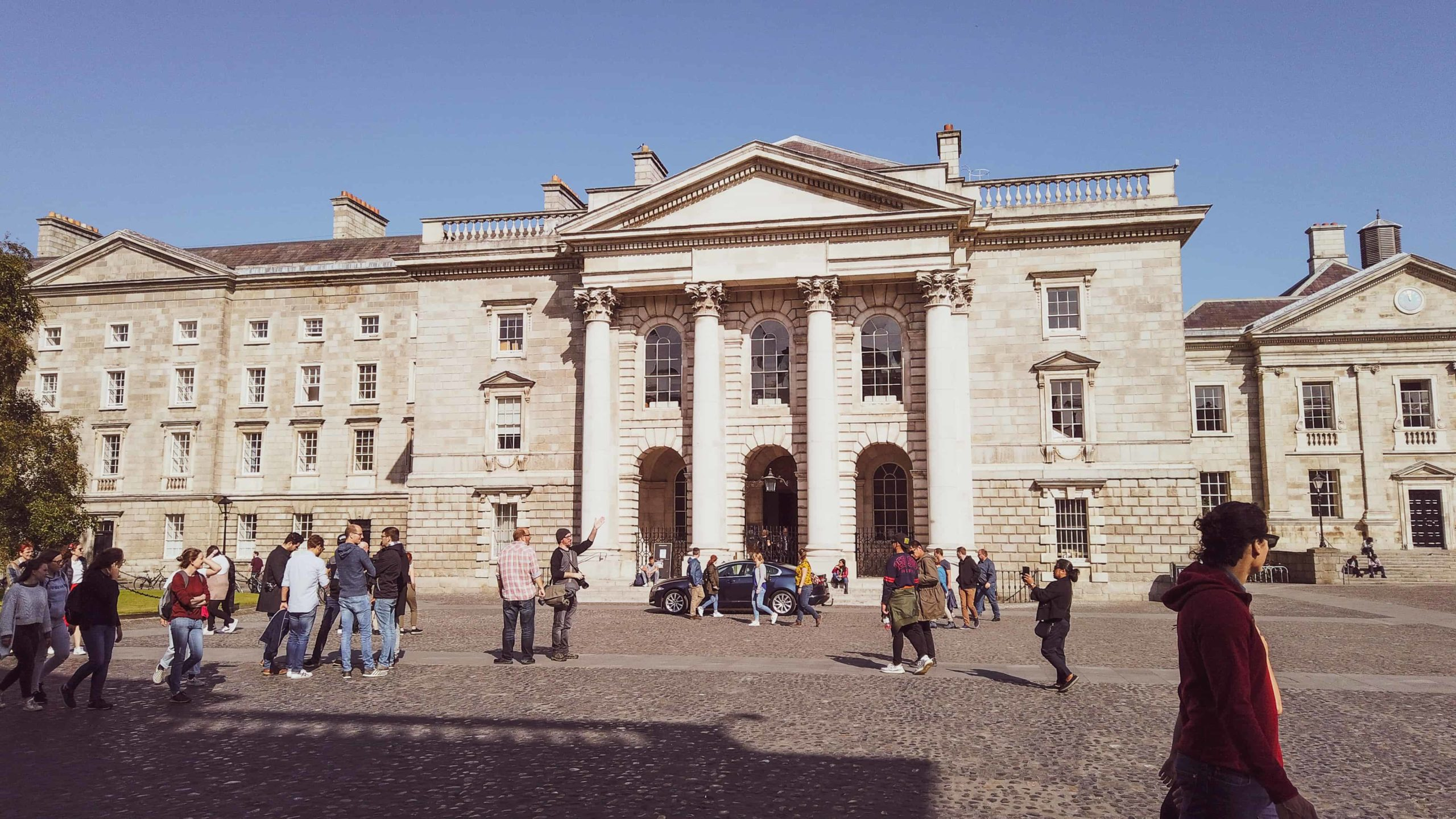 two days in dublin - trinity college