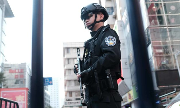 Ep. 026: Surviving Getting Stopped And Surrounded By Chinese Police