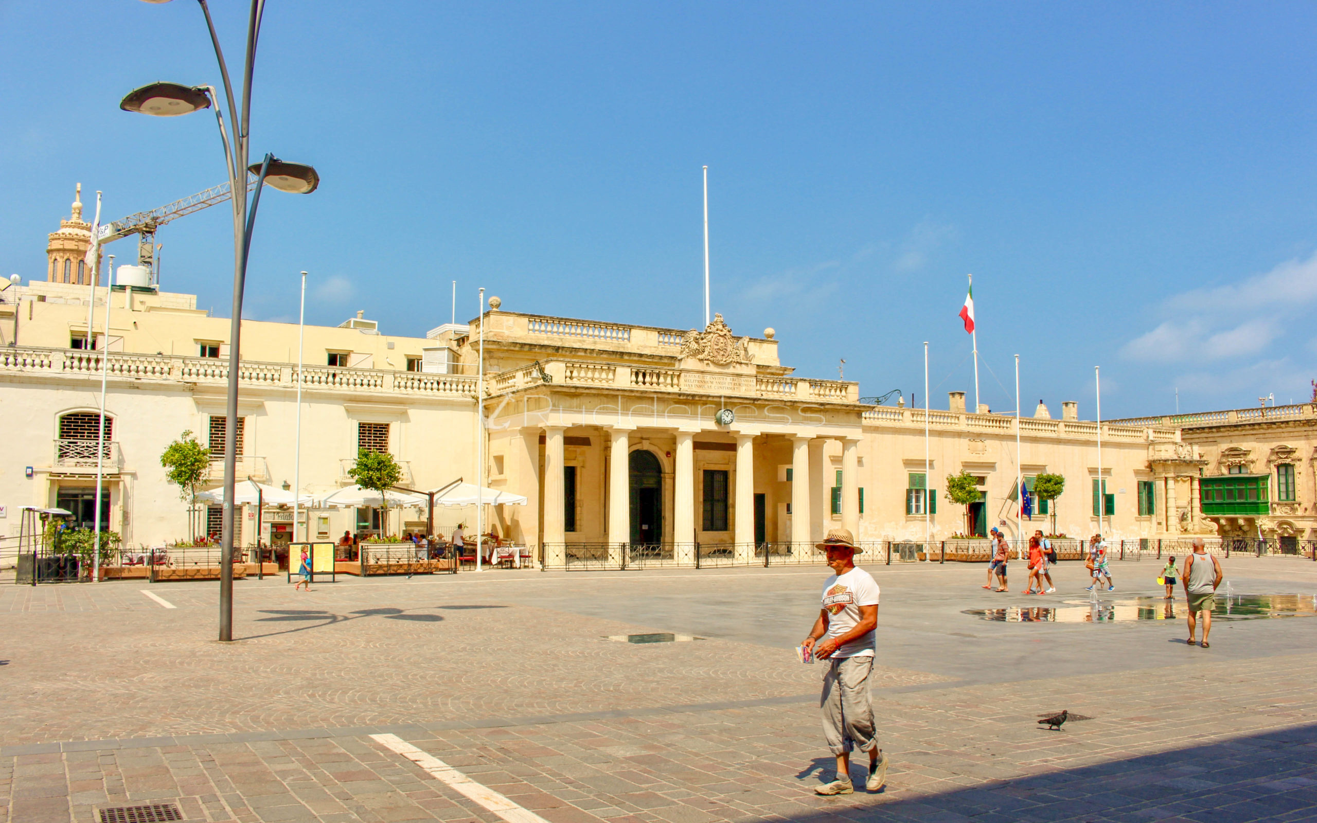 valletta malta things to do - ST GEORGE'S SQUARE