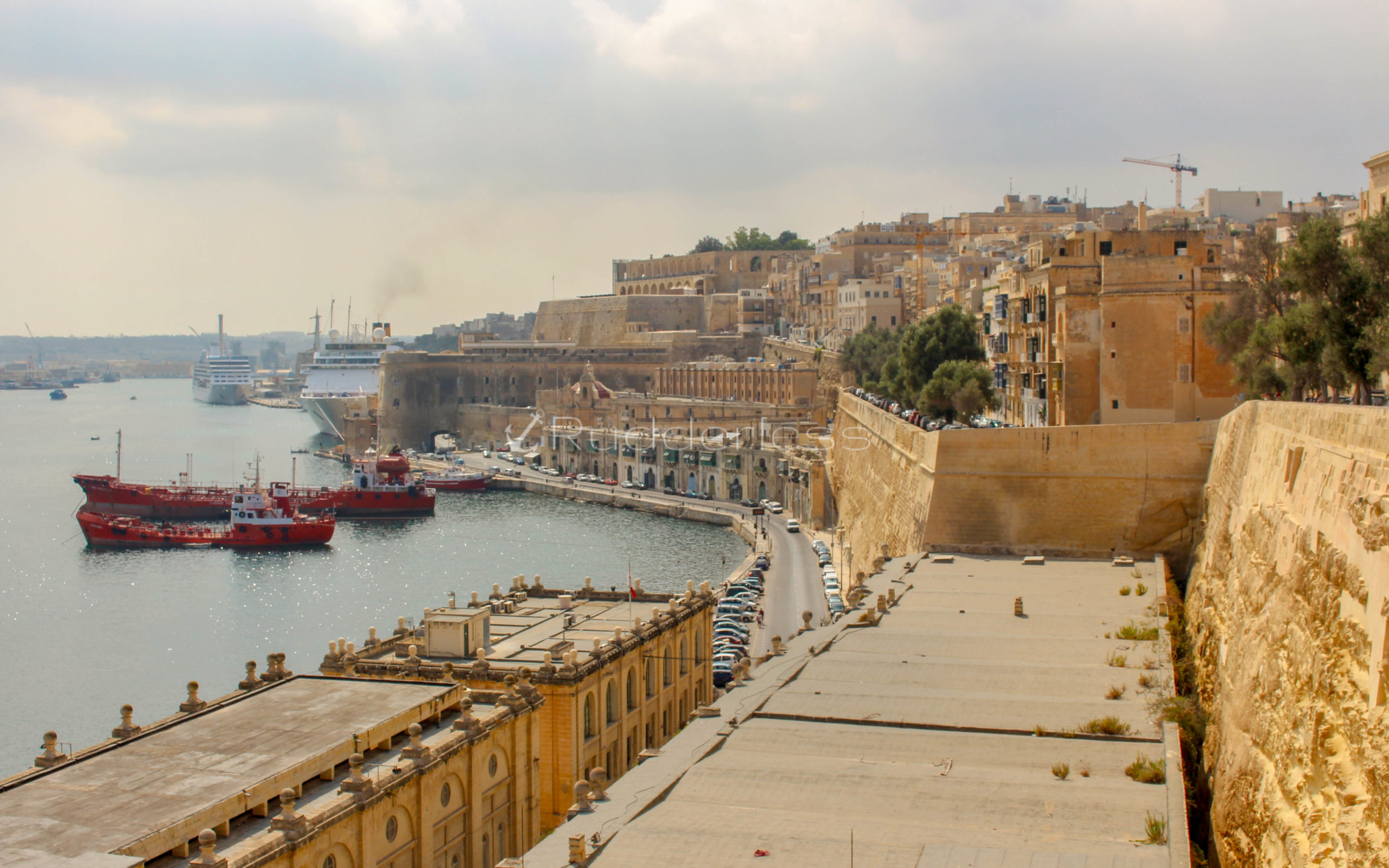things to do in valletta from cruise ship - VALLETTA WATERFRONT